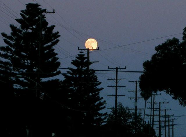 santa-barbara-mesa-super-moon