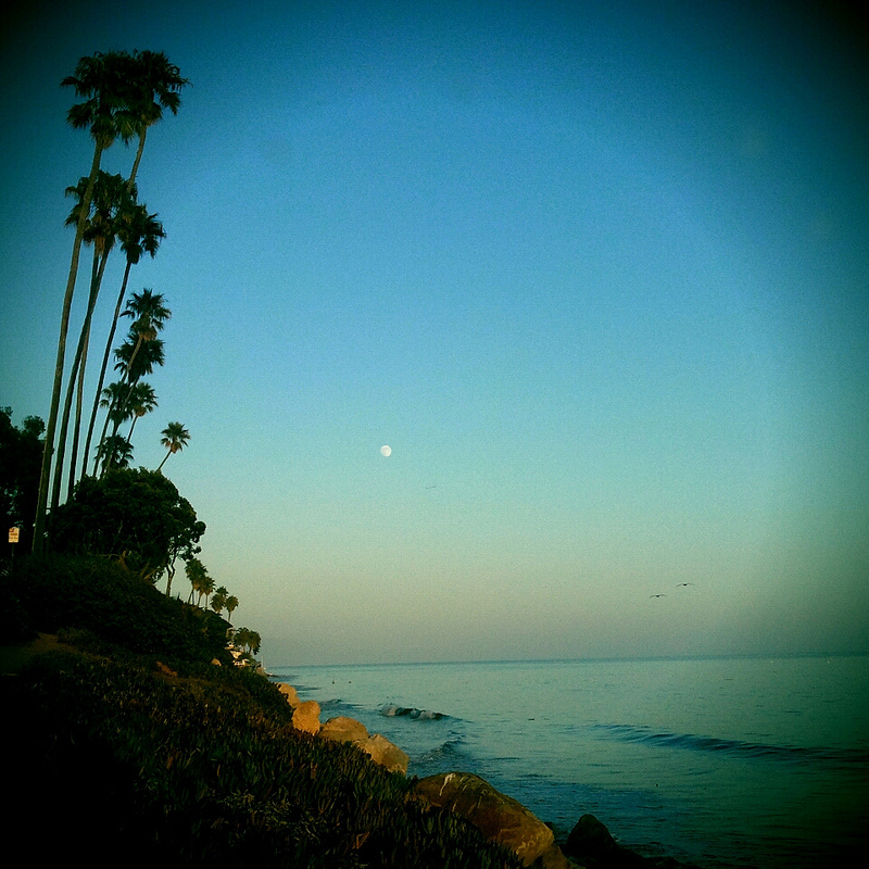 santa-barbara-full-moon-sunset
