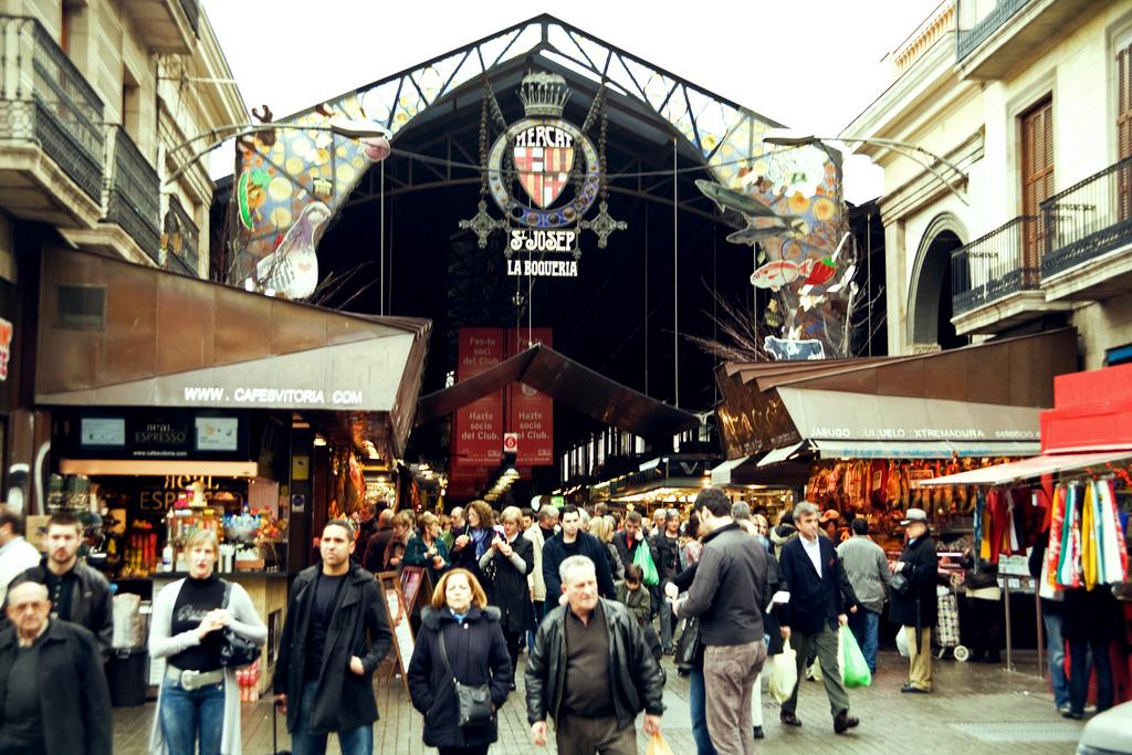 barcelona-spain-las-ramblas-market