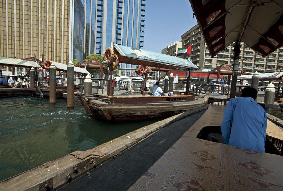 dubai-boats
