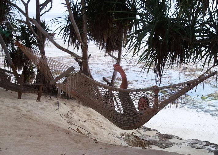 kelly-falling-hammock