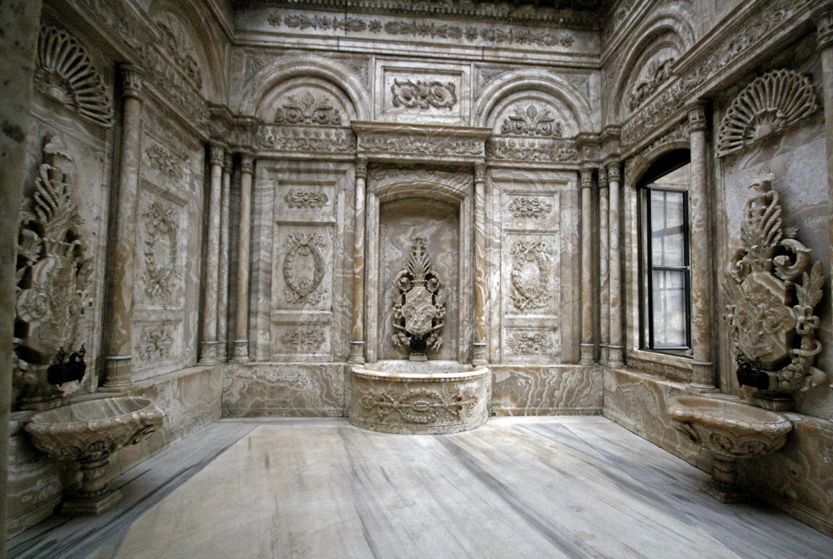 Dolmabahce Palace Bathroom, Istanbul