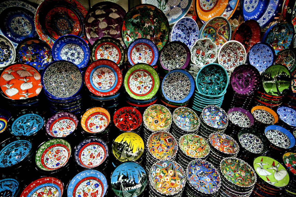 Colorful Plates, Istanbul, Turkey