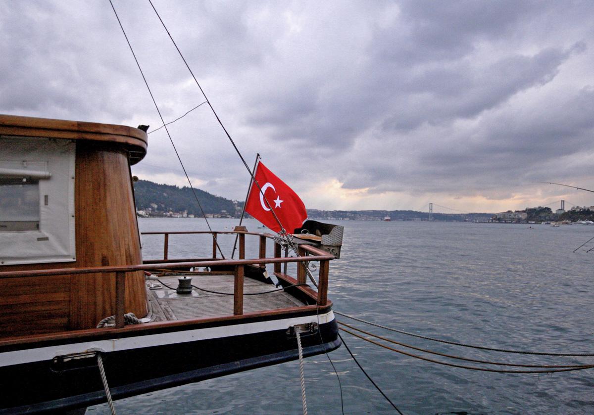 istanbul-boat