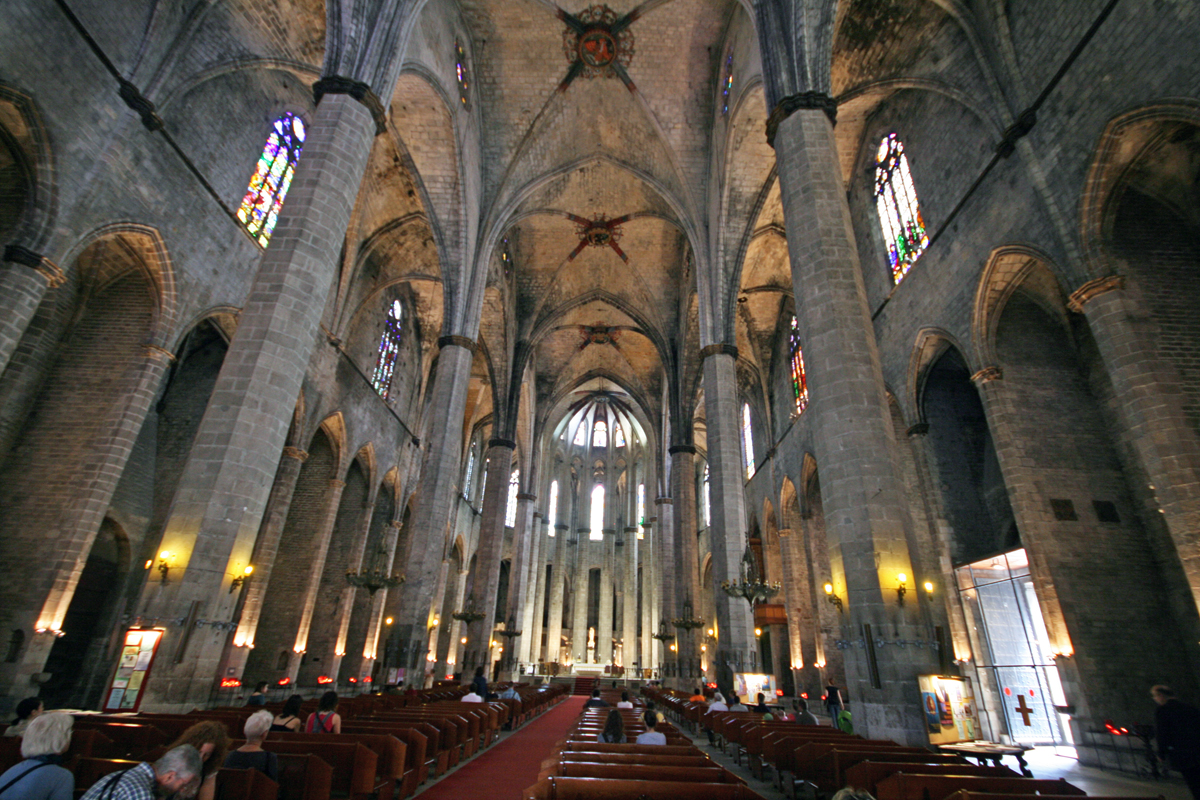 church-gothic-district-barcelona