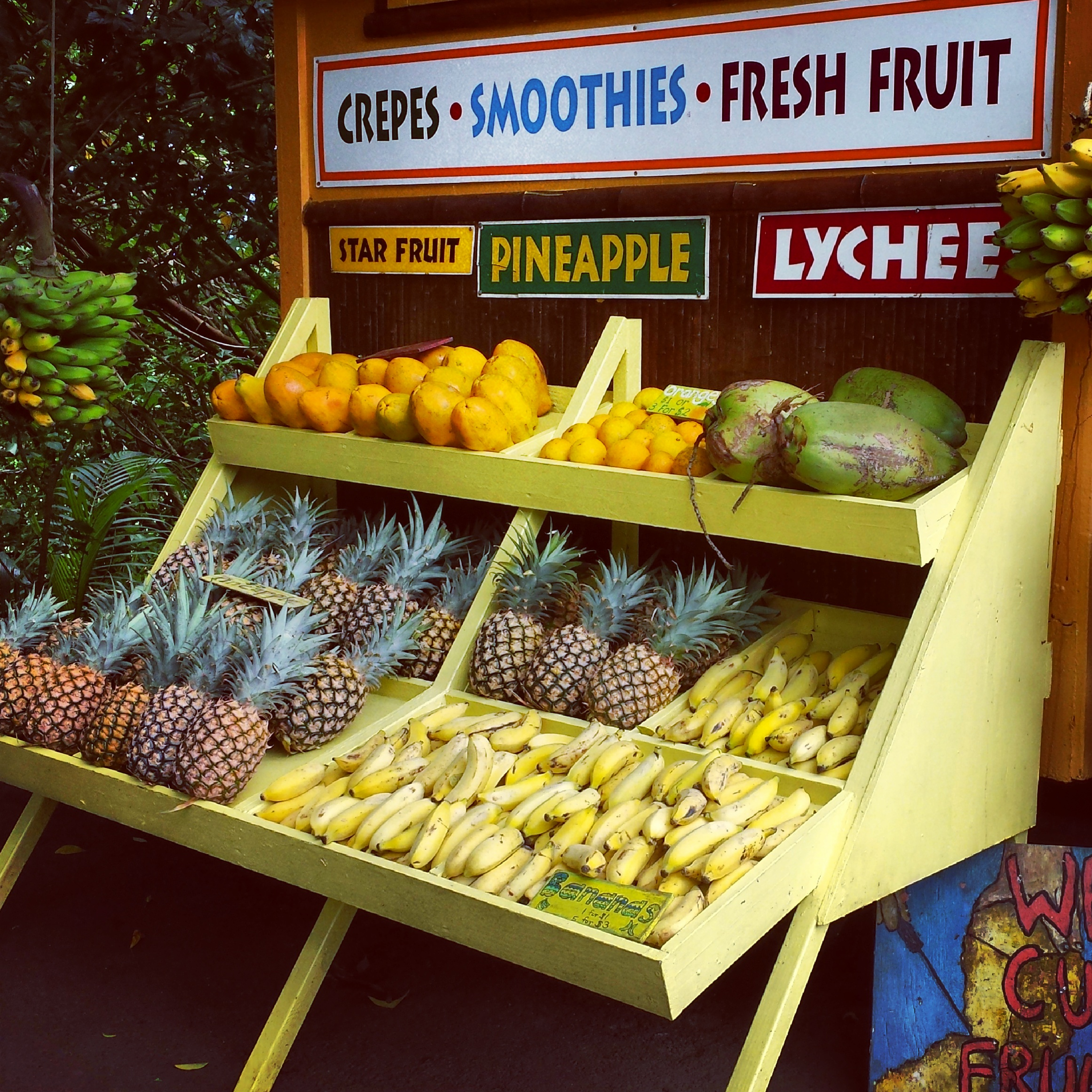 fruit-stand-road-to-hana