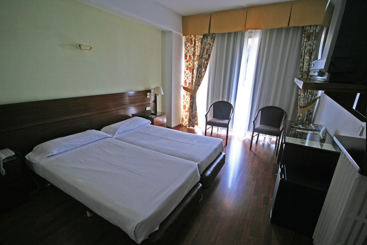 girona-hotel-room