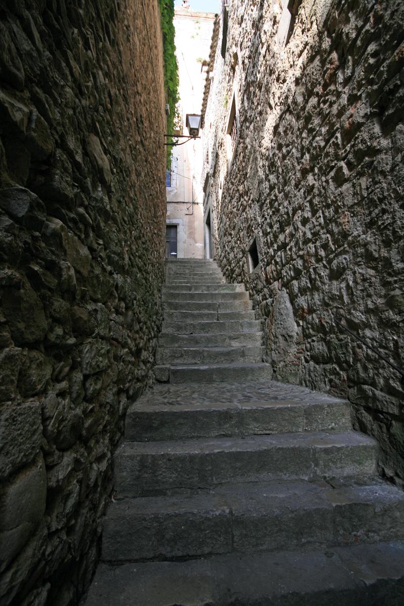 girona-stairs
