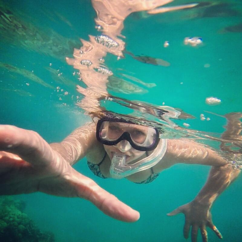 kelly-snorkeling-underwater