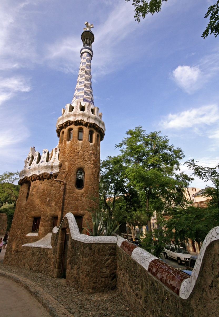 parc-guell-blue-white