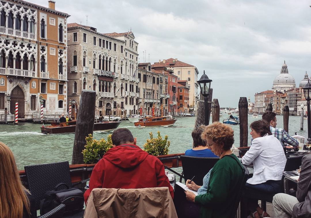 Grand-canal-view-lunch-venice-italy