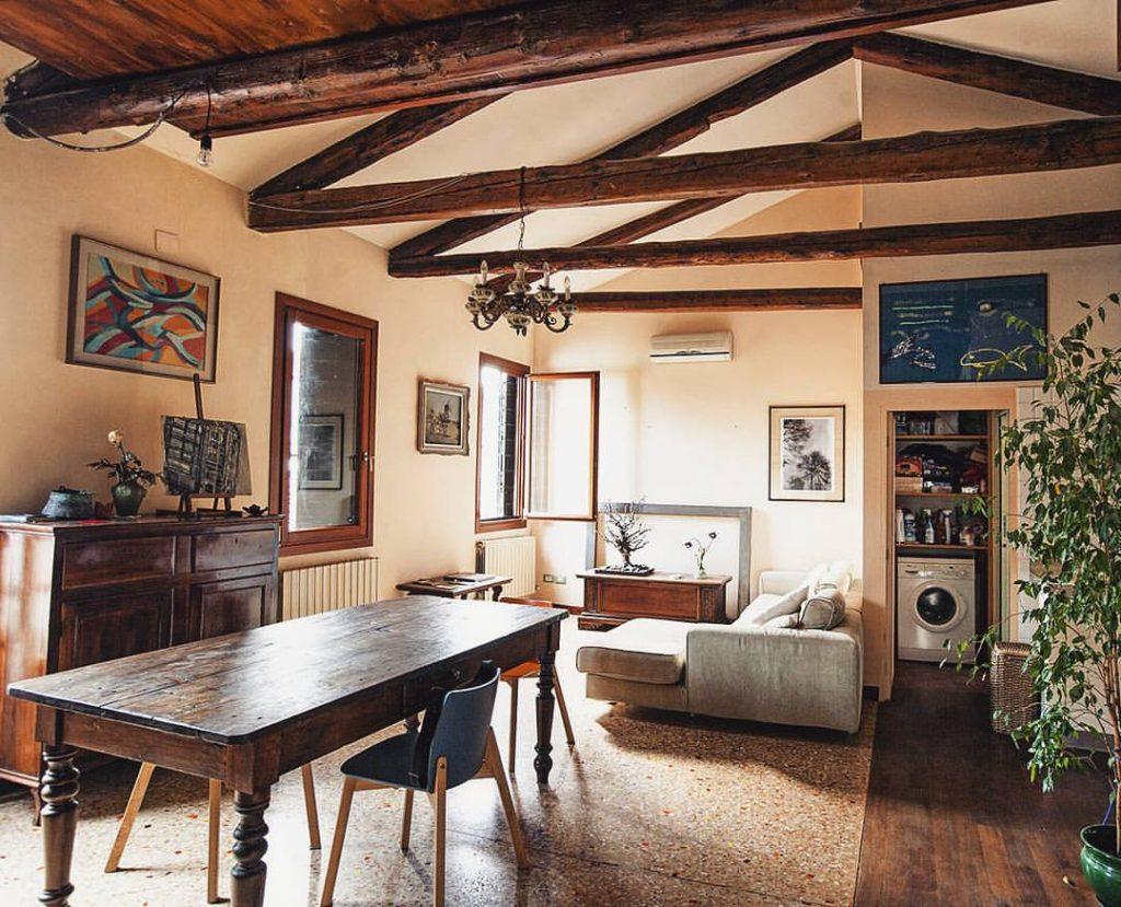 venezia-airbnb-italy