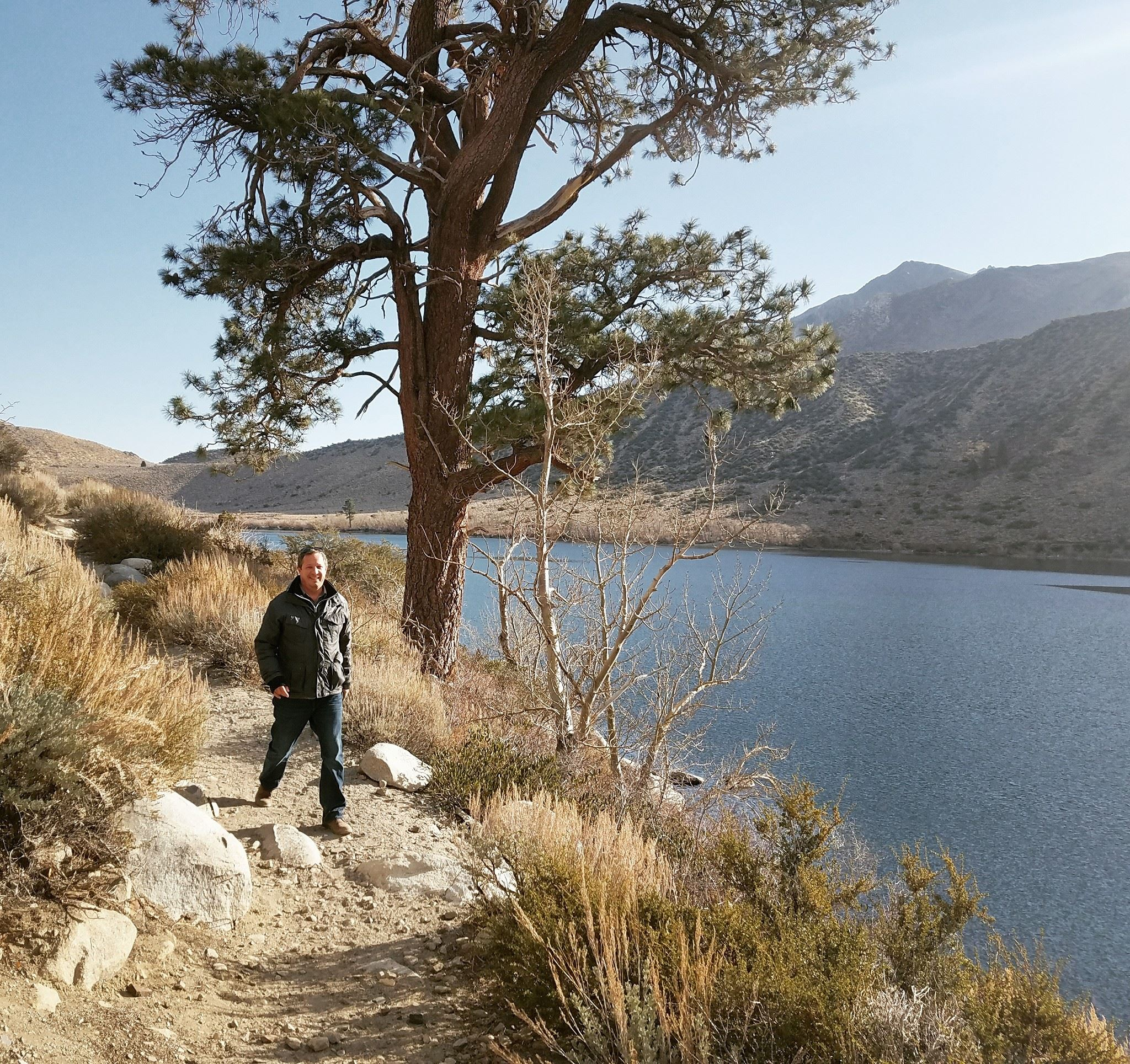 Convict-lake-loop-hike