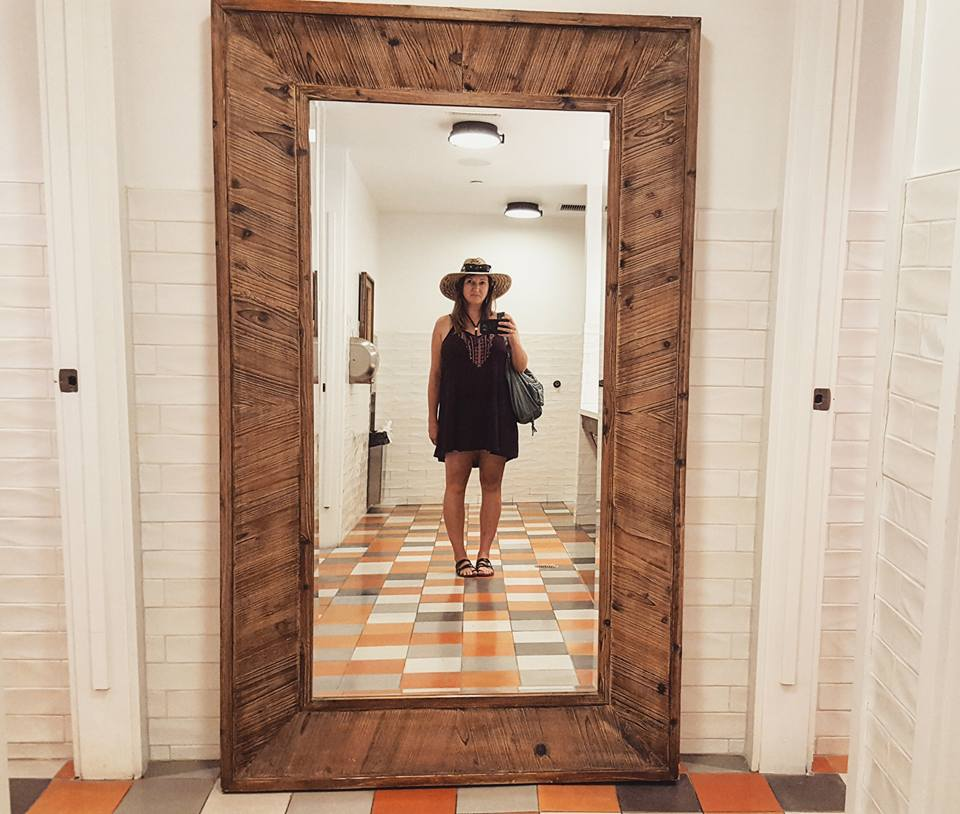 Goodland-hotel-goleta-mirror-selfie