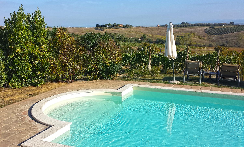 Airbnb-agriturismo-italian-chianti-wine