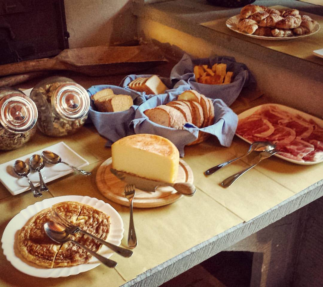 Castello-di-bibbione-breakfast