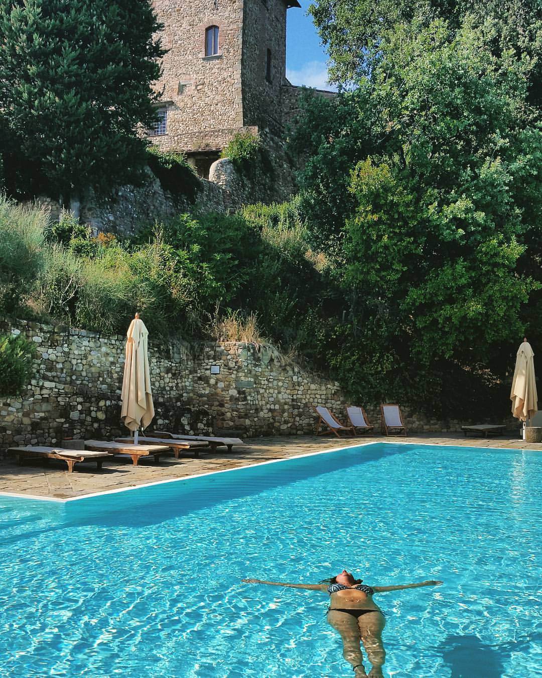 Castello-di-bibbione-tuscany-kooopswim