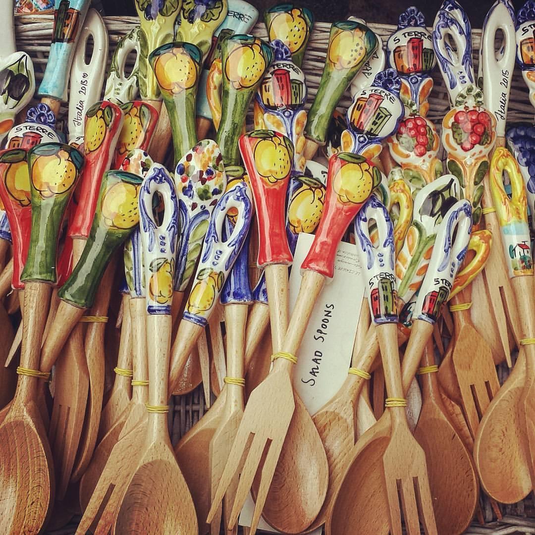 Riomaggiore-italy-spoons-souvenier