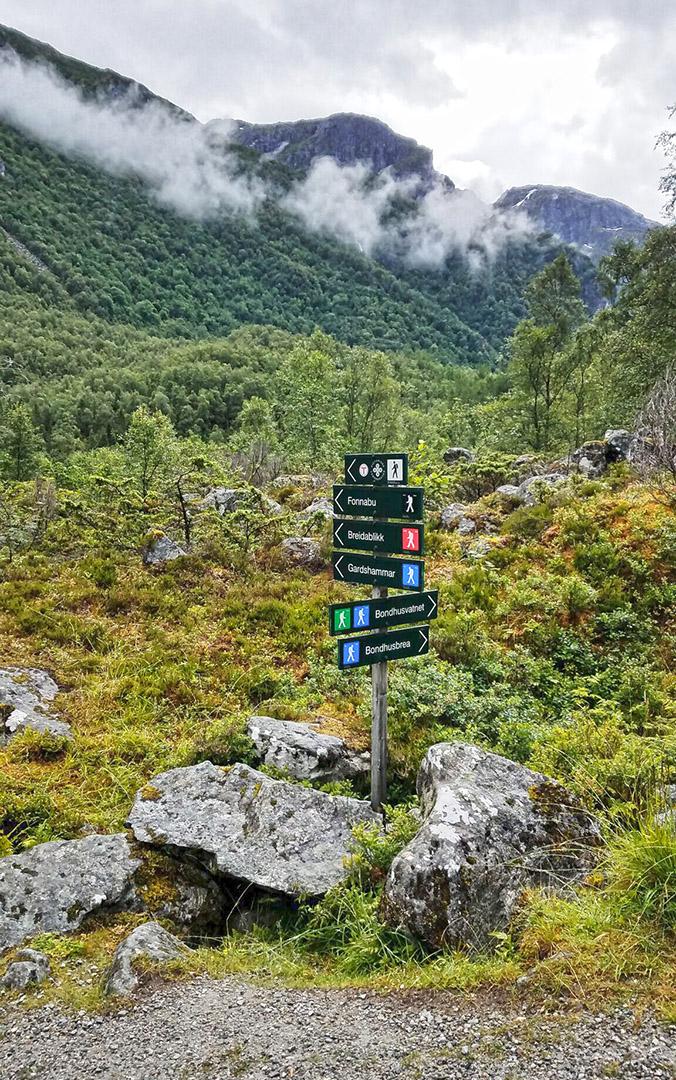 Bondhusvatnet-sign