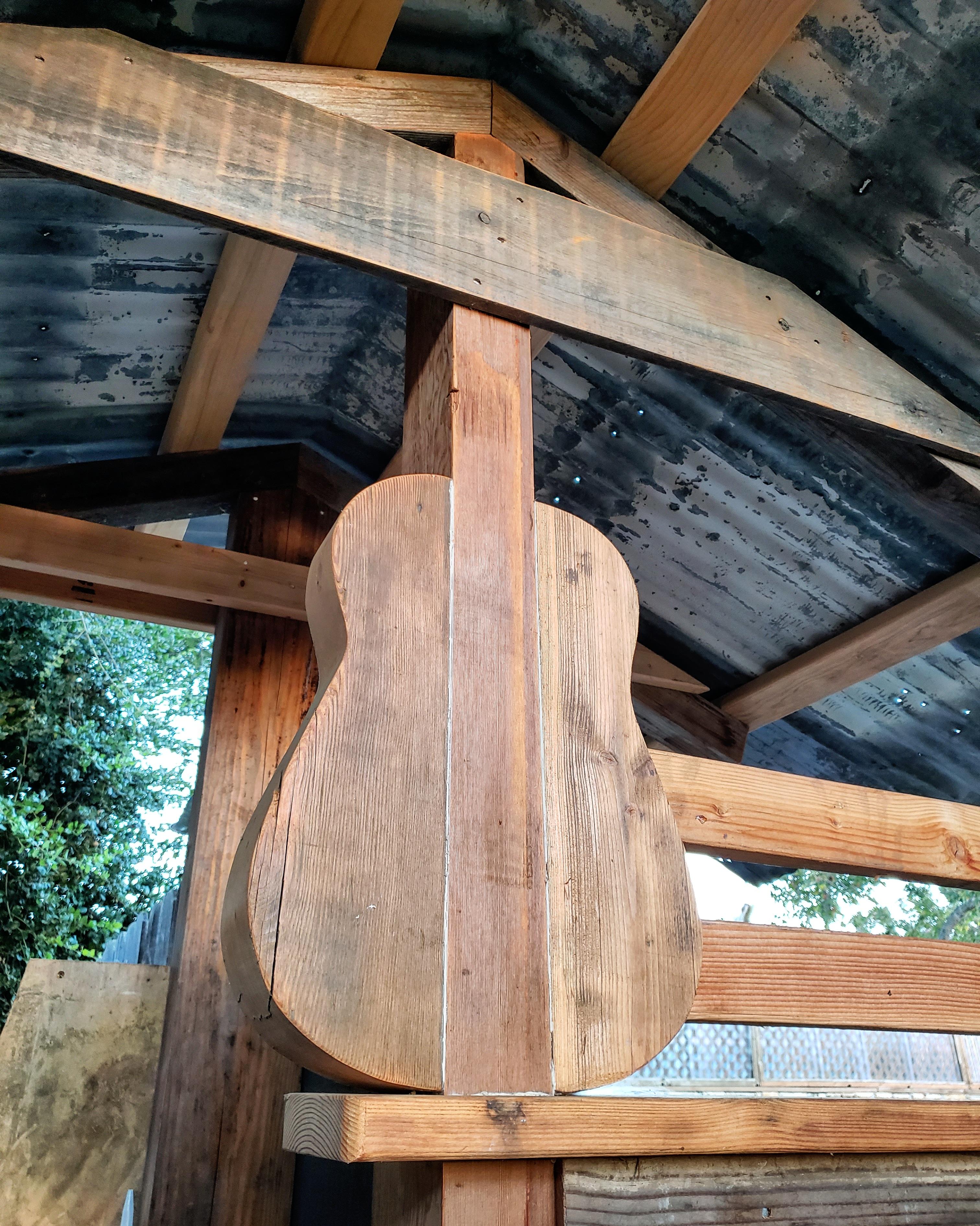 Los-alamos-hipcamp-guitar
